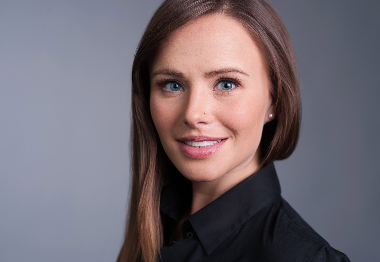 Photo of a woman from Calgary headshot sessions photographed by Brett Gilmour